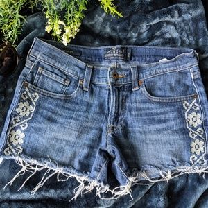 Lucky Brand denim cut off embroidered shorts